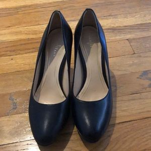 Black cole haan heels